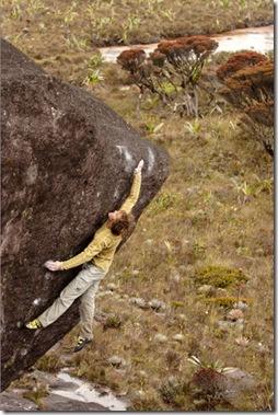Sharma bouldering in Venezuela