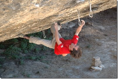 Dave MacLeod free soloing Darwin Dixit in Margalef