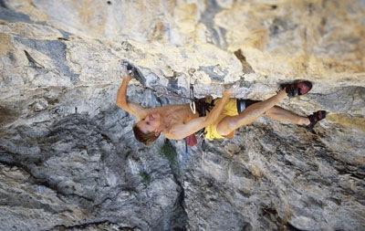 Tommy Caldwell climbing Flex Luthor