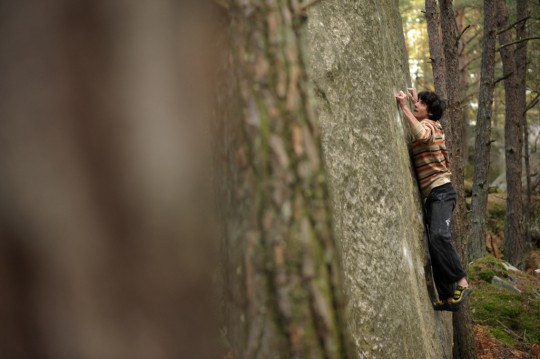 Paul Robinson on Duel (8a) in Fontainebleau