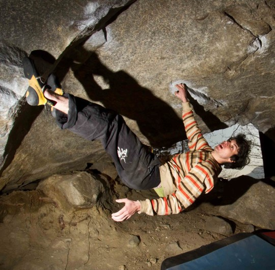 Paul Robinson on The Story Of Two Worlds (V15) in Cresciano